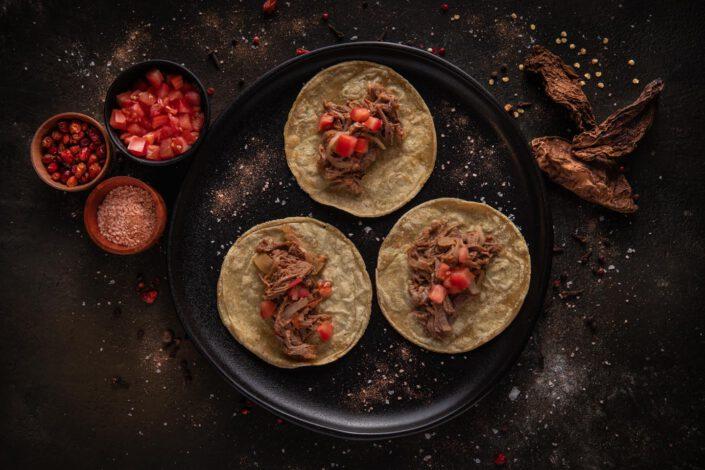 TACOS de Tinga de Ternera · Solito Taqueria Mexicana